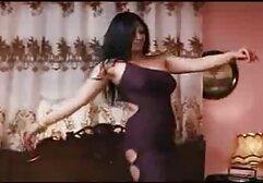 18vr Anális punciba elvezesek vízvezeték a sötét hajú tini Daphne Klyde